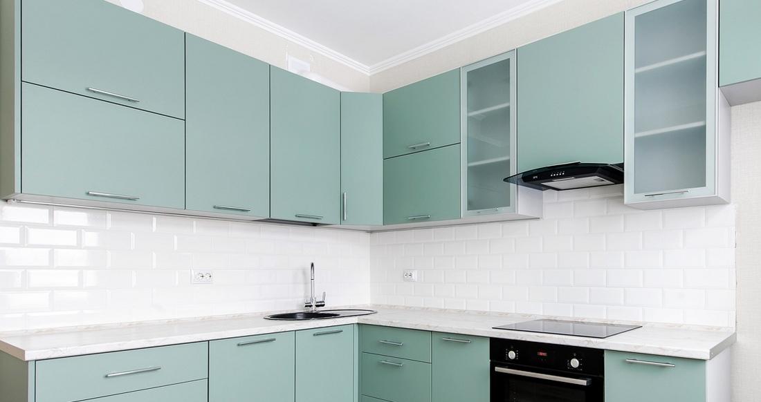 гарнитур для маленькой кухни